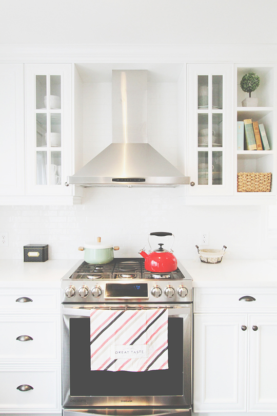 white kitchen ideas, stove with hood, kitchen design tips